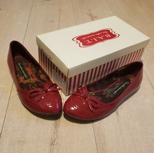 BNIB Rare But Another Innocent Tale Flats Size 7